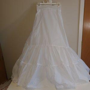 David's Bridal petticoat style 603